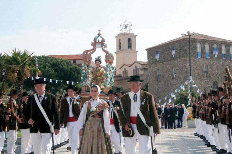 Sainte maxime la sainte la f te votive site officiel de l 39 office de tourisme de sainte maxime - Office tourisme sainte maxime ...