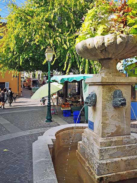Dans Les Ruelles De Sainte Maxime Site Officiel De L