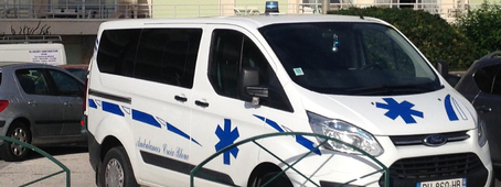 Ambulance Croix Bleue 1
