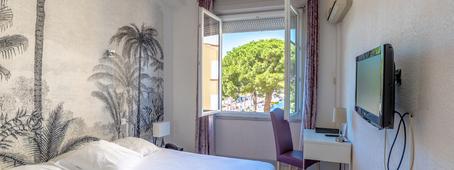 Hôtel Les Palmiers 1