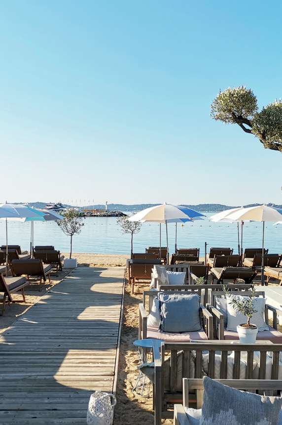 Restaurant de plage, centre-ville